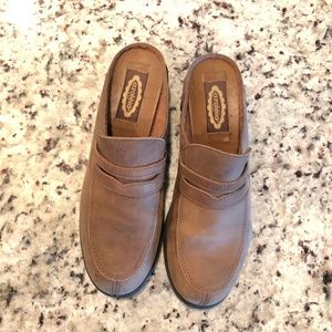 Womens Azaleia Handmade Leather Clogs Size 7